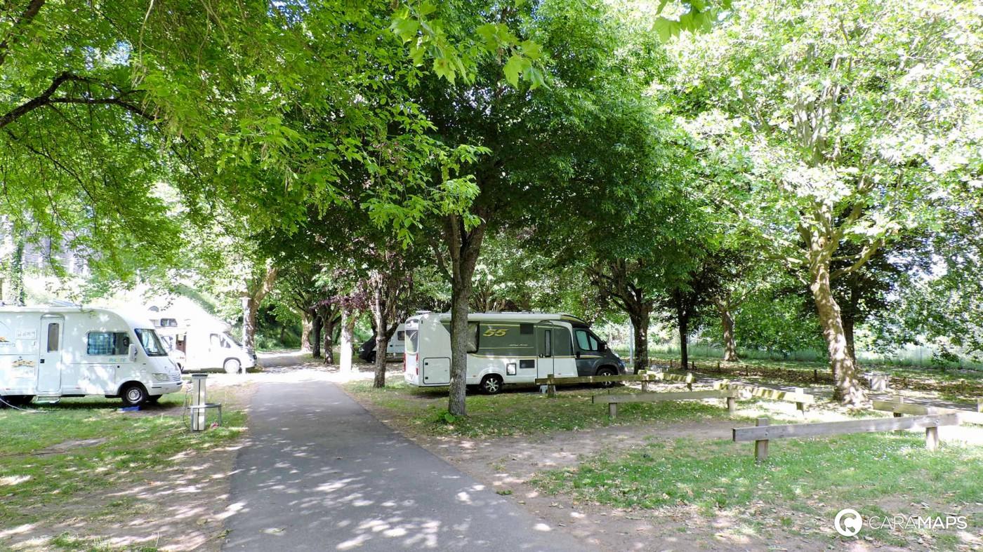 Caramaps - Motorhome directory, service areas, farm campsite