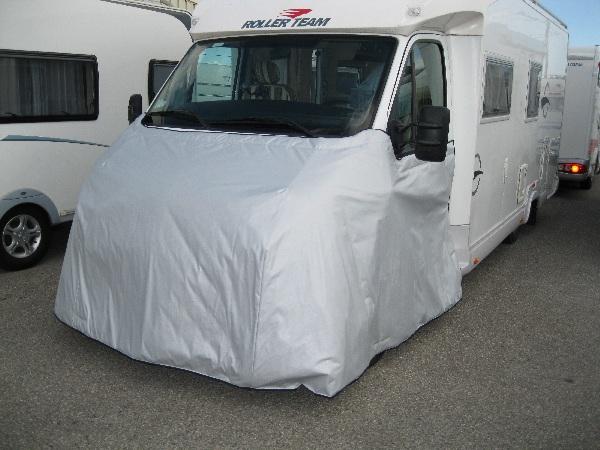 Camping car sous la neige caramaps for Decoration exterieur de camping car
