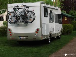 tomar su bicicleta en autocaravana