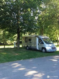 trouver un coin ombragé en camping-car