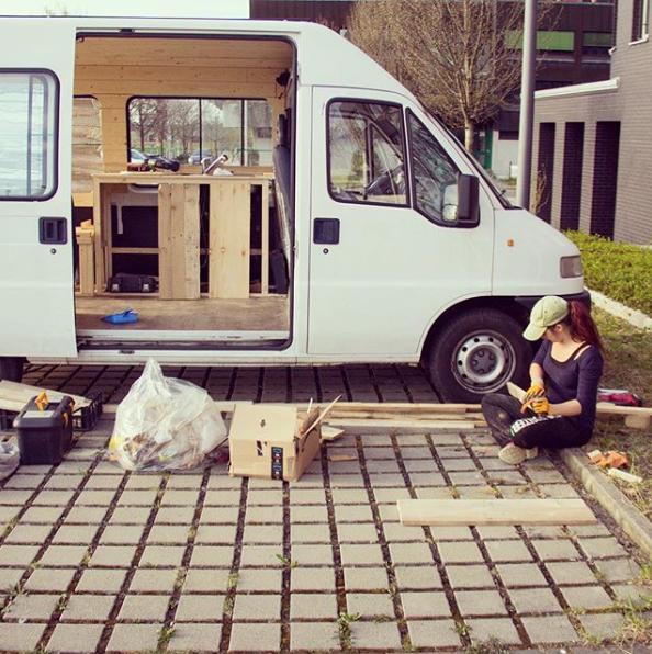 convertire un furgone in un camper