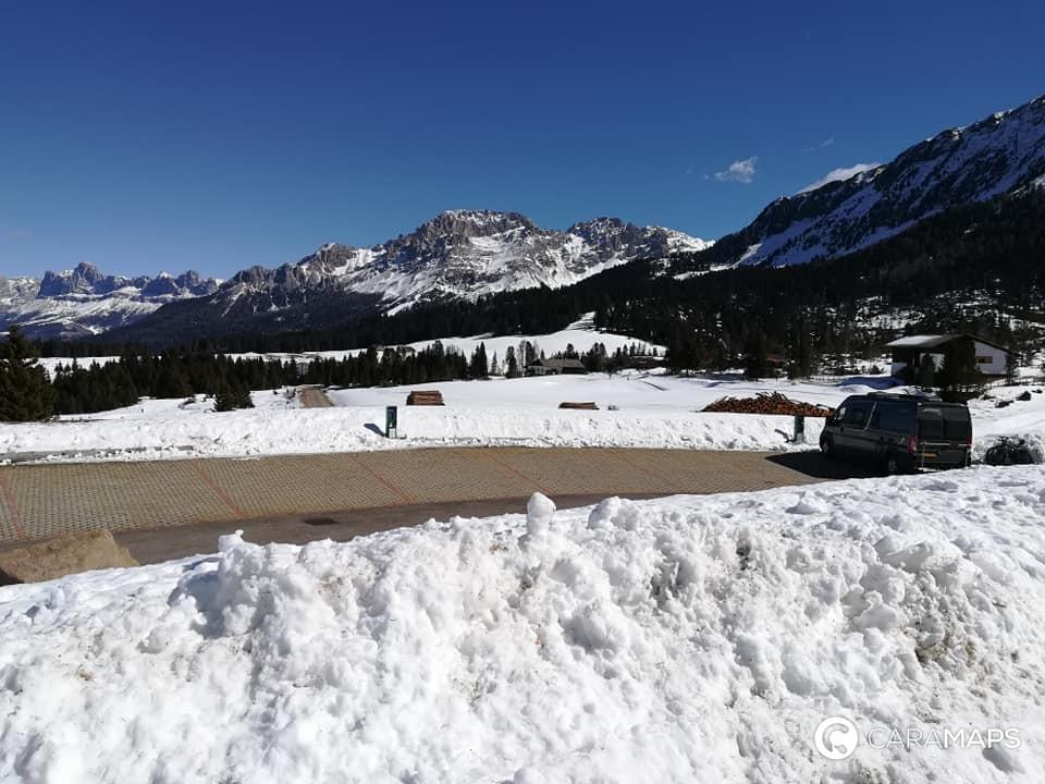 esquí de fondo en autocaravana