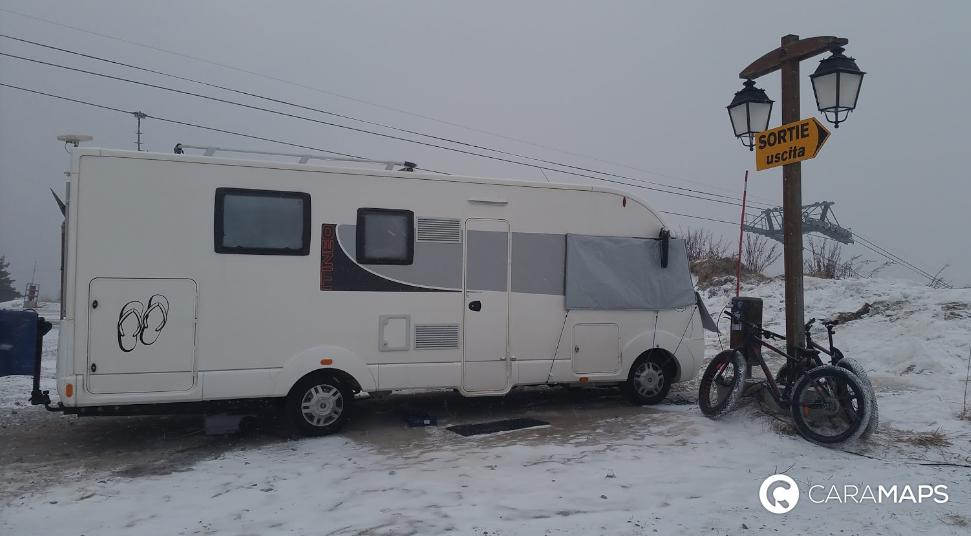 Montgenevre Parking Camping Car