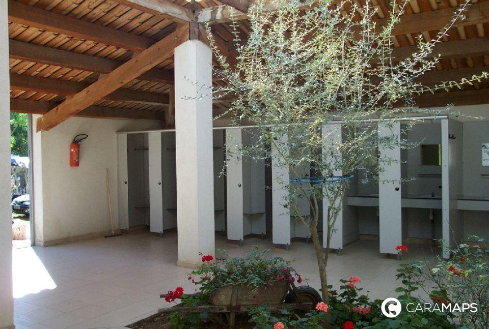 D couvrez camping du th tre romain une tape caramaps - Office de tourisme de vaison la romaine ...