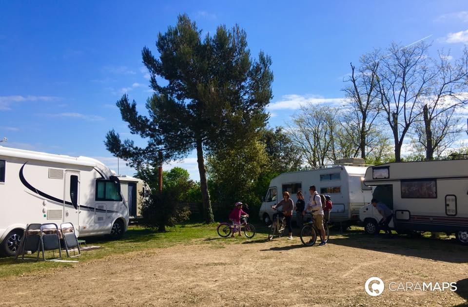 Discover Camping Municipal De La Court A Step By Caramaps