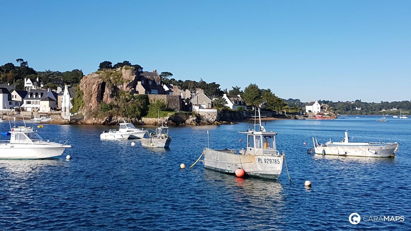 discover parking du port loguivy de la mer  a step by caramaps